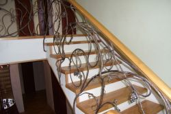 Staircase fencing 23
